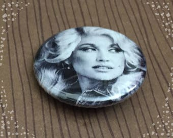 Dolly Parton  Pinback Button Badge 1.25 inch Flair