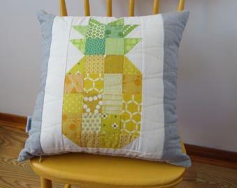 Pineapple Delight! Quilt Pillow