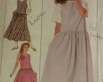 Vintage Simplicity dress sewing pattern