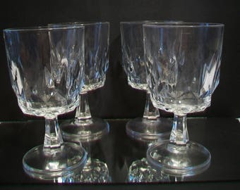Arcoroc France Wine Glasses Artic Holiday Goblet Wedding Dining Entertaining Home Bar
