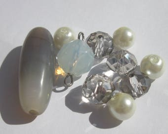 10 round glass beads and tube in white and grey agate (PV22-5)