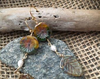 Fall Breeze Dangle Earrings