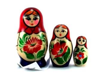 Nesting Dolls 3 pcs Russian doll Matryoshka Babushka Wooden Stacking Suvenirnaya Handmade birthday and christmas gift