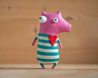 Little pig with a big heart , brooch