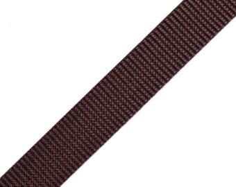 Webbing, brown, 2 x 2m (1251)