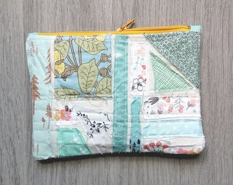 Zipper Pouch (Confetti Scraps Aqua), Purse Pouch, Quilted Zipper Pouch, Quilted Pencil Case, Quilted Zipper Pouch, Cosmetic Case