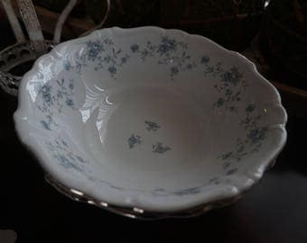 Vintage, Johann Haviland Bavaria Germany Blue Garland Serving Bowl