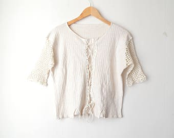 off white crochet lace boho top shirt 80s // M-L