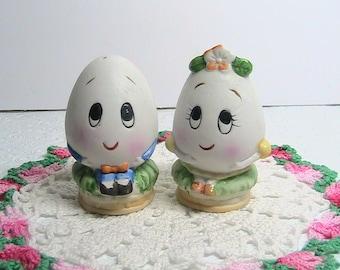 Egg Salt and Pepper Set, Easter Eggs Salt Pepper, Anthropomorphic Ceramic Decorated Lefton Easter Egg Set