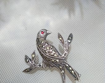 art nouveau 1910s  artnou french antique sterling silver bird brooch black gemstone  bird