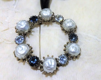 Pretty Vintage Hint of Blue Baroque Pearl and Shades of Blue Rhinestone Wreath Style Brooch