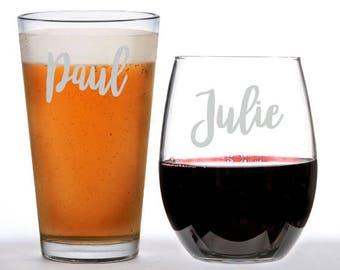 Personalized Glasses, Wedding glasses, Bridesmaid Glasses, Groom Glasses, Maid of Honor Glasses, Laser engraved wine glasses