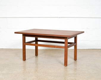 Mid Century Side Table, Modern End Table, Beautiful Mid Century Modern Teak Wood End Table, 1960s, Vintage
