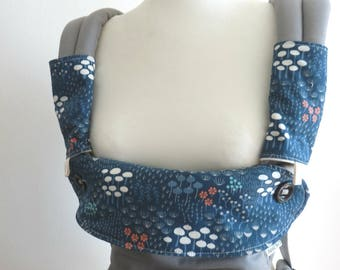 Organic cotton Ergo 360 carrier dribble bib / drool cover ,teething pads  -Midnight flora