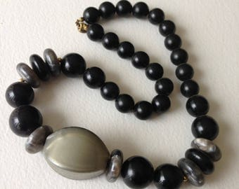 Necklace - funky chunky black and grey plastic beads necklace great vintage costume jewellery