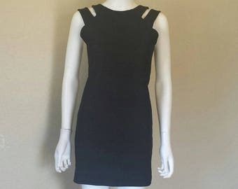 Black cutout sleeveless dress