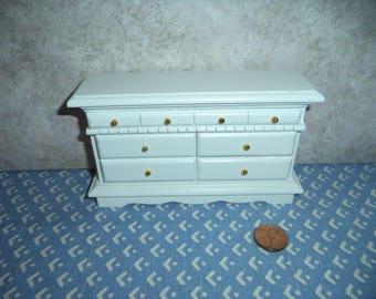1:12 scale Dollhouse Miniature White Dresser