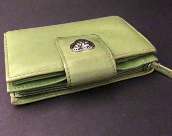 Soft Green Leather Wallet, Vintage Bi-Fold Tab & Snap, Zip Coin Purse, 18 Card Slots, ID Holder, Cash Slot, Silver Heart Snap Backing, 1990s