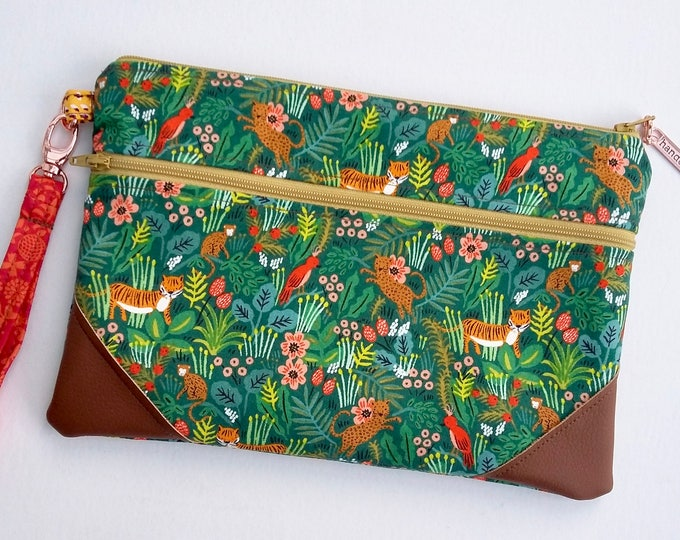 Featured listing image: NEW Green Jungle Double Zip Clutch Bag