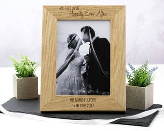 Wedding Photo Frame - Personalised Wedding Frame - Wedding Gifts For Couple - Oak Picture Frame - Photo Frame - Gift For Couple - LC214