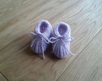 Purple and white baby booties knit 0-3 months