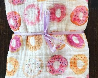Baby girl Muslin Swaddle Blanket, doughnut swaddle, girl Gauze Swaddle Blanket, Rainbow swaddle, Pink swaddle, baby girl blanket