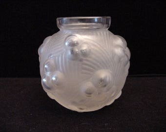 small art deco frosted glass vase, Etling France