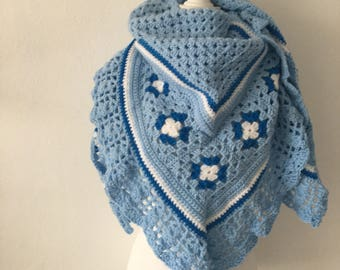 Crochet shawl Blue and white
