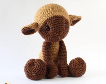 Crochet lamb baby shower gift, Stuffed animal baby lamb, crochet sheep gifts plushie amigurumi doll - Ready to ship