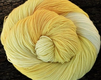 MERINO, nylon, DAFFODIL Sock, 4 ply, fingering, Mollycoddle Yarns, Hand dyed wool, indie dyer, 100 gms, 425 mts