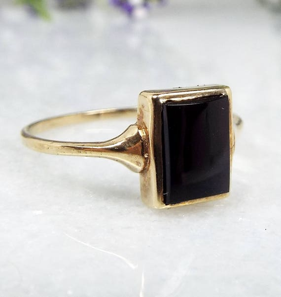 Vintage 1982 9ct Yellow Gold Black Onyx Signet Style Fine Plaque Ring / Size P 1/2