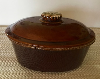 """Hull COVERED CASSEROLE Baking Dish 2 qt Brown Drip Glaze  10"""" x 7"""" x 4"""" + Cover Marked Hull Oven Proof USA  Excellent Rustic Mid Century"""