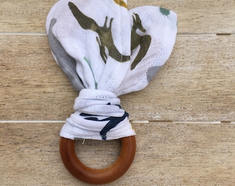 Dinosaur Organic Maple Teething Ring with Muslin Fabric