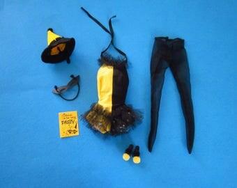 Vintage Mattel Barbie  944 Masquerade (1963) Costume Complete Excellent with Pom Pom Heels (PayPal Preferred)