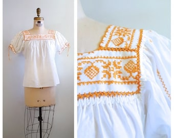 I follow my heart | 1970s hand embroidered peasant top | 70s boho hippie top