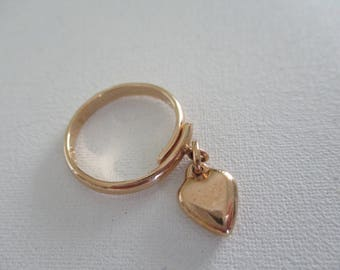 Vintage Sarah Coventry Ring Goldtone Heart Charm Adjustable Band 1975 Free Shipping