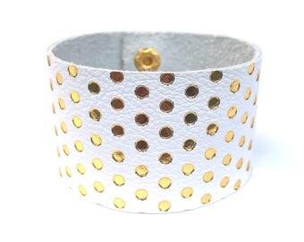 leather bracelet / cuff bracelet / stacking bracelet / statement bracelet