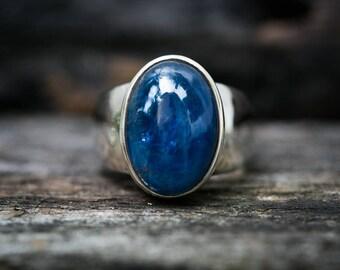 Kyanite Ring Size 8 - Kyanite Cabochon Ring - Kyanite Sterling Silver Ring - Kyanite Ring Size 8 - Blue Kyanite Ring Kyanite Jewelry