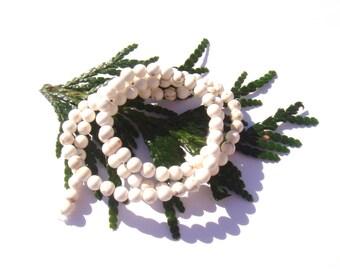 Ecru natural Magnesite marbled 4 mm 10 beads