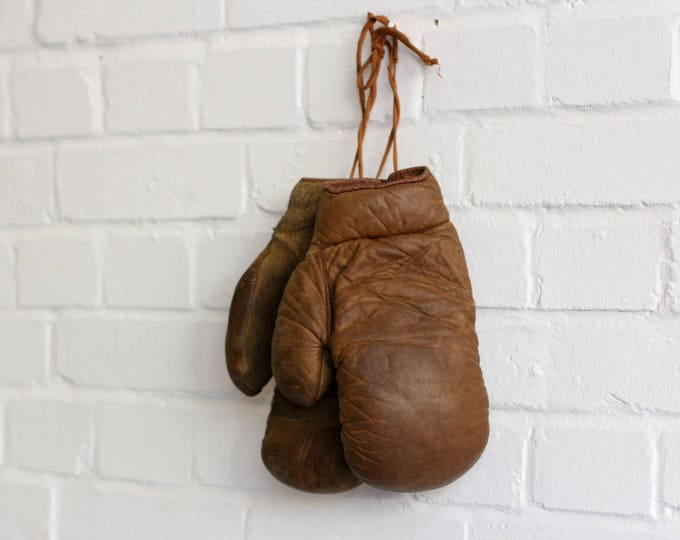 Leather & Horsehair Boxing Gloves Circa 1920s