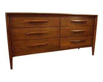 Mid-Century Danish Modern Broyhill Emphasis Walnut Dresser/Credenza #132