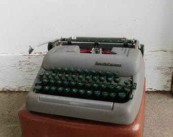 Smith Corona Silent Super Manual Portable Typewriter