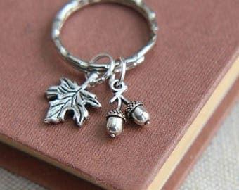 SALE Acorn keychain, Woodland Keychain, Acorn Keyring, Acorn Leaf charm keychain