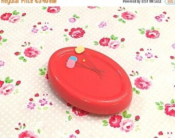 Summer Sale Magnetic pin cushion Red