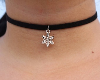 SNOWFLAKE CHOKER  Leather Only 1.00 shipping