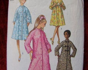 41% OFF Misses' Robe / House Coat 1970 Simplicity Sewing Pattern 9074 Size 12 Bust 34""