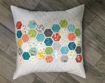 Handmade Pillow | Hexagon Pillow | Quilted Pillow | Decorative Pillow | Throw Pillow | Modern Quilted Pillow