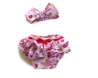 Ruffle nappy cover - ruffle diaper cover - ruffle bum nappy cover - ruffle bum diaper cover - ruffle butt nappy cover - nappy cover and bow