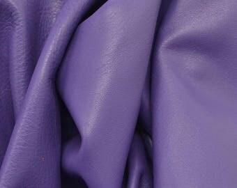 "Graceful Pansy Purple ""Signature"" 4 sf 2-3oz Leather Cow hide Project Piece flat grain DE-65790 (Sec. 8,Shelf 1,C)"