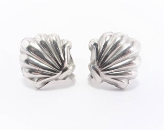 Vintage Mexican Sterling Clam Shell Earrings Screw Back 50s
